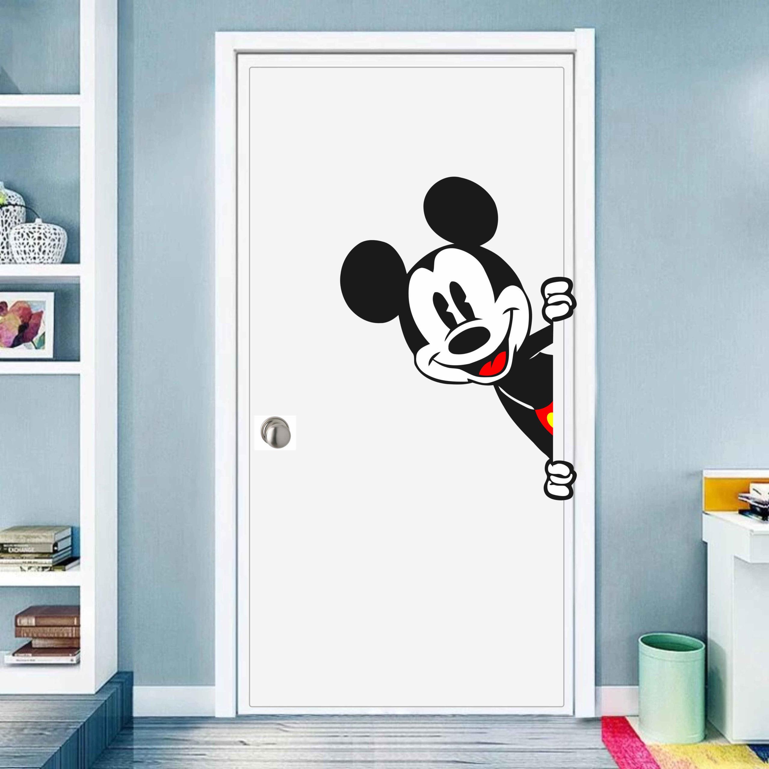 Peeking-Mickey_JPG